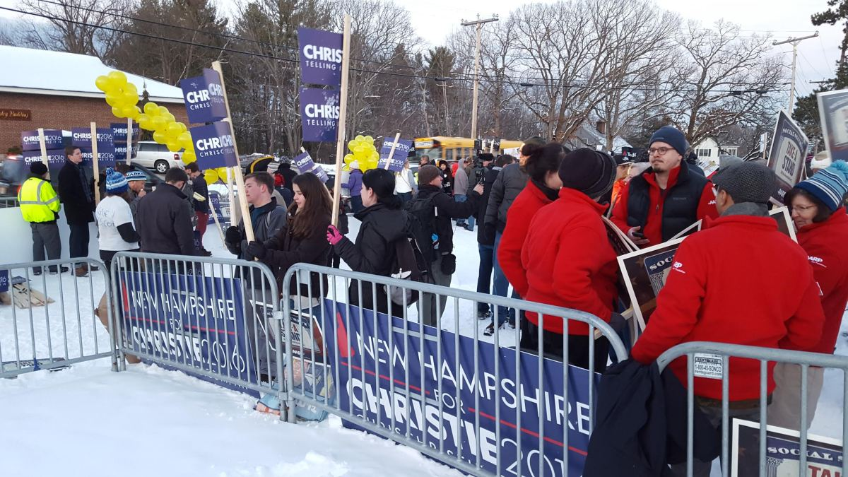 Christie Supporters at St. Anselm